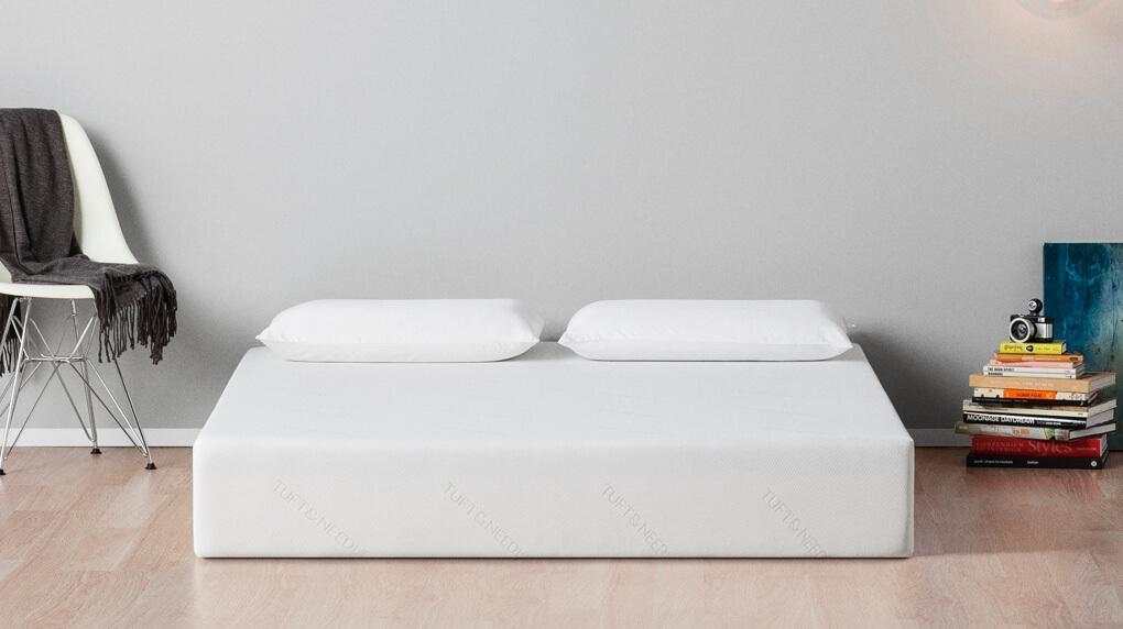 casper essential die g nstige matratze f r preisbewusste schl fer. Black Bedroom Furniture Sets. Home Design Ideas